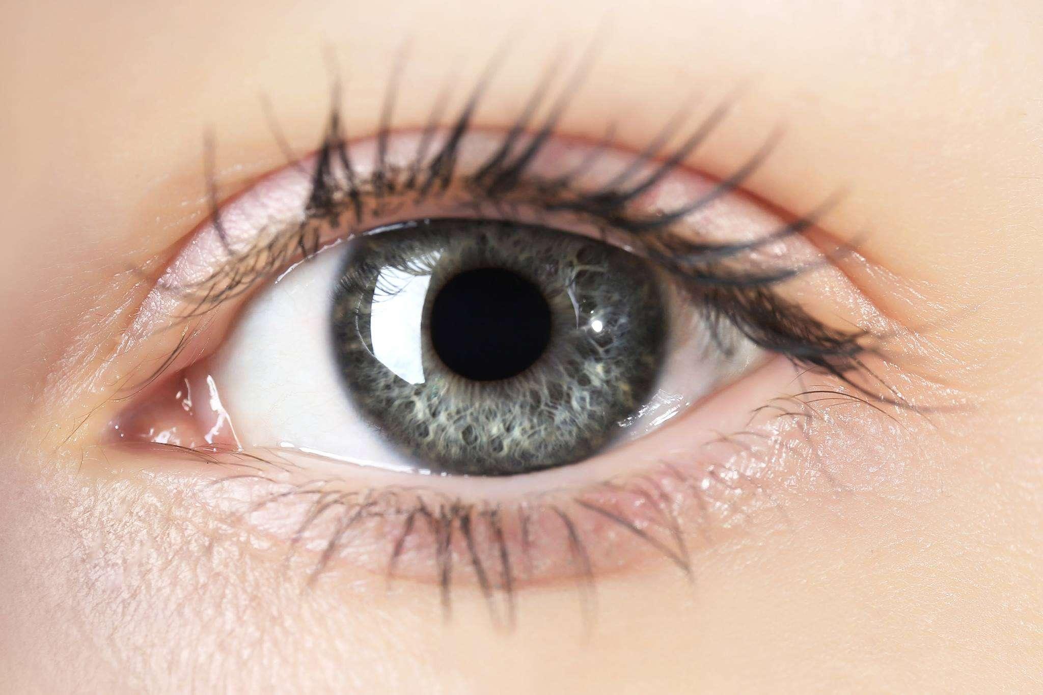 Bëni kujdes, ja cilat janë shenjat e para të infektimit nga Covid-19 përmes syve