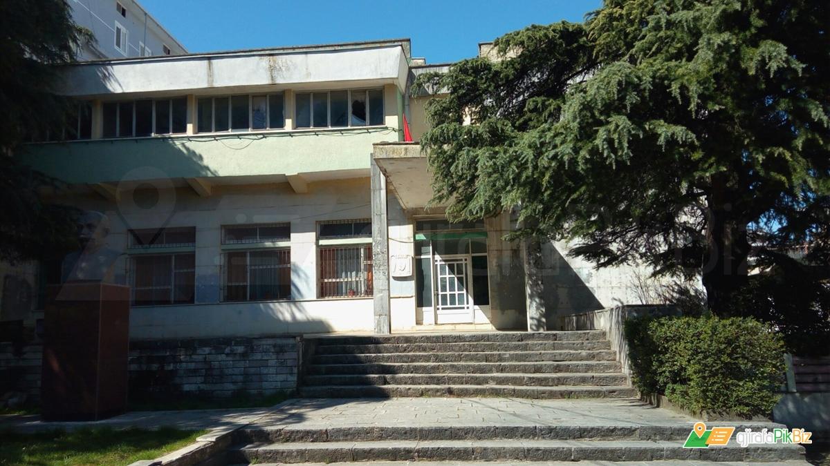 Drama e teatrit të Gjirokastrës që alarmoi në mesnatë disa anëtarë të Byrosë Politike dhe vlerësimi i Enver Hoxhës për lojën dhe mesazhin