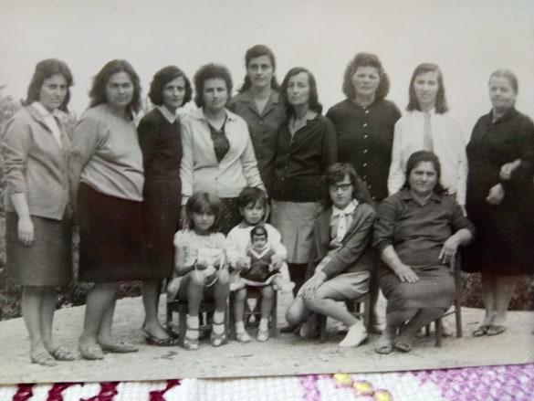 Kujtesë/ Dy foto të ralla, në kujtim të brezave të parë të edukatoreve gjirokastrite