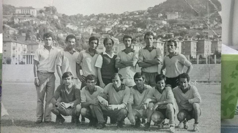 Foto e rrallë/ Dikur, Futbollistët e talentuar të Fabrikës së Lekurë-Këpucës në Gjirokastër