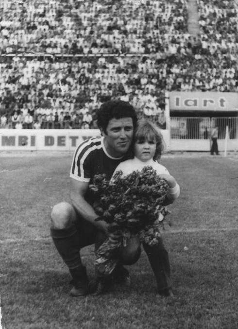 Jetë të gjatë Ilir Përnaskës, kampionit të madh shqiptar të golit