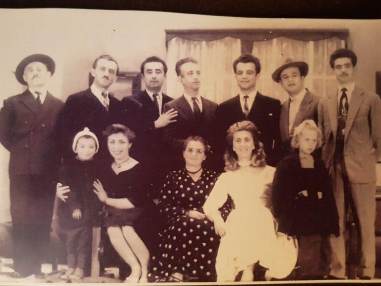 Kujtesë/ Ja kush ka qënë regjisori i parë i teatrit të kukullave në Gjirokastër