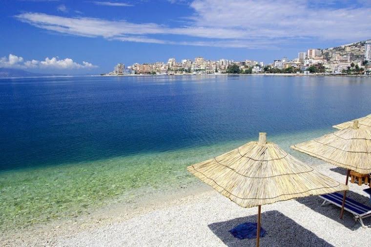 Fillojne pergatitjet per plazh ne Sarande! A jeni gati?