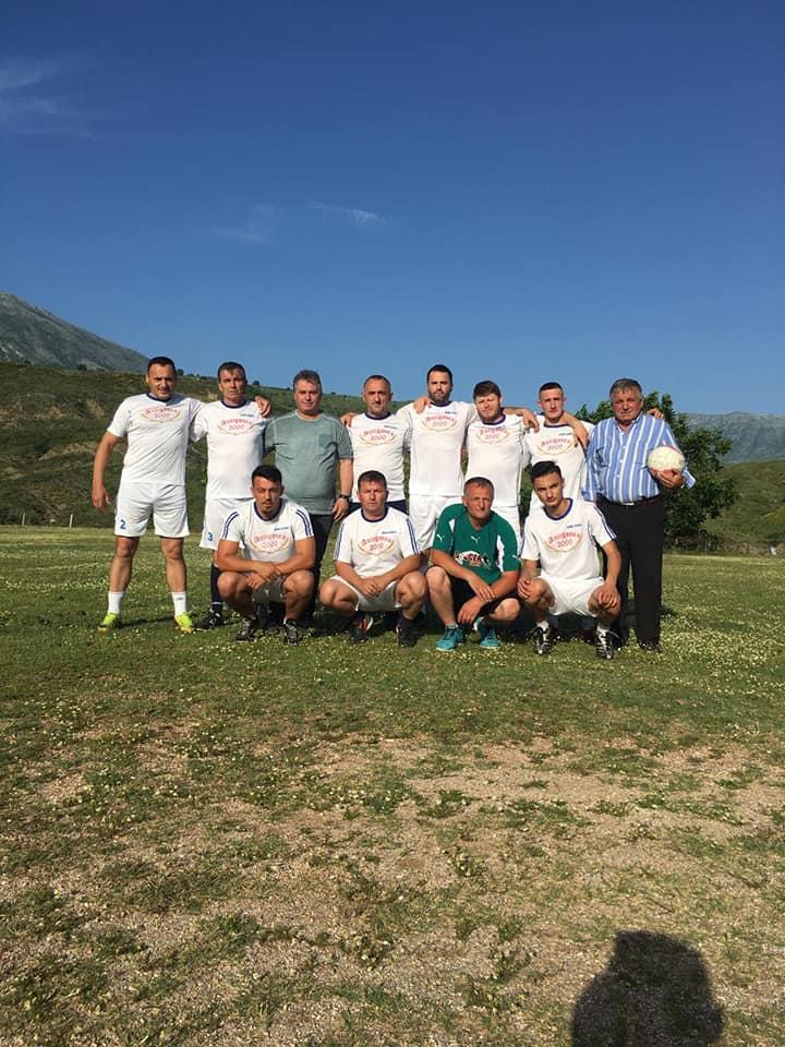 Djemtë futbollistë të fshatit Asim Zeneli në Gjirokastër