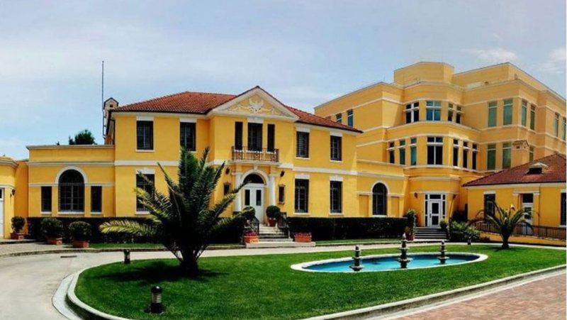 Lajm i mirë që vjen nga Ambasada Amerikane në Tiranë
