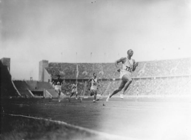 """""""Erdha te vrapoj per 7 milione greke te urritur""""-Te pathena per vrapuesin e famshem grek Stelios Kiriakidhis"""