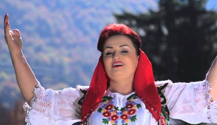 """Kengetarja e famshme Fatmira Breçani:""""Ne FFK, ne nje familje bujare gjirokastrite mesova fjalen liko(gliko)!"""""""