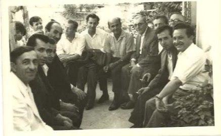 Dr. Adem Harxhi:Foto ne shenje respekti per te gjithe shoket dhe miqte qe na nderuan ne dasmen tone