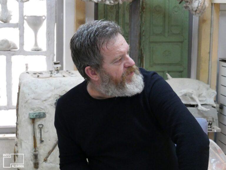 Njeriu i mire dhe artisti i madh Arben Bajo nuk jeton me