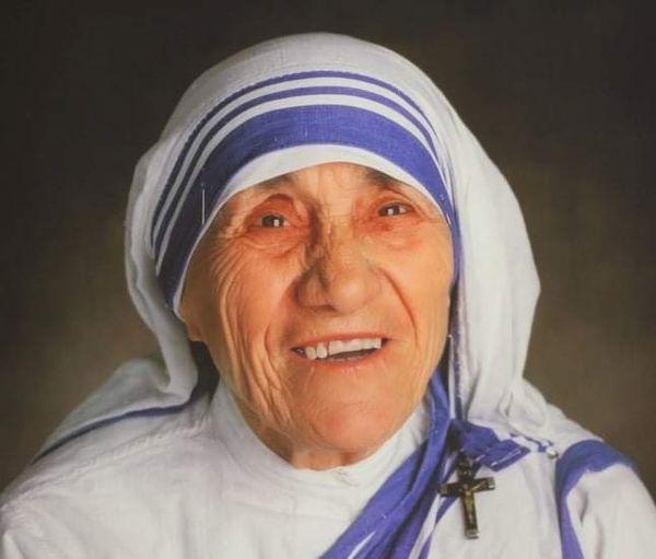 5 Shtator-Dita e Shenjtërimit të Nënë Terezës