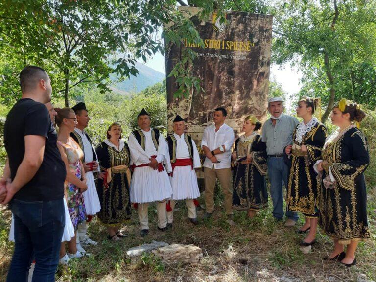 Koncerte, Ansambli Folklorik LUNXHERIA ne Cajup dhe Manastirin e Spilese