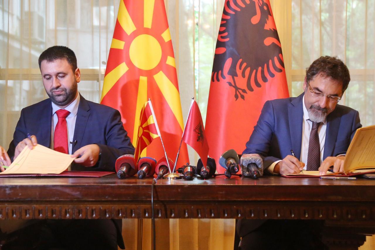 Pa pengesa në kufirin mes Shqipërisë dhe Maqedonisë së Veriut për çertifikatat fitosanitare të produkteve bujqësore