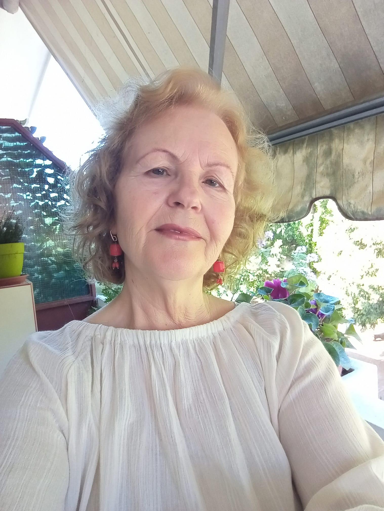 Urim per poeten gjirokastrite Violeta Muço Anastasi