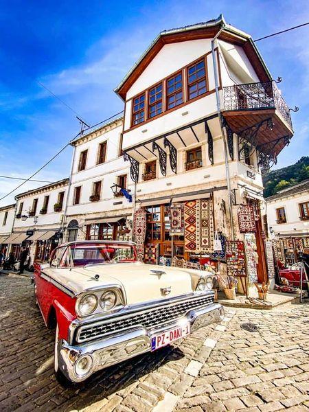 Edi Rama: Sa e bukur Gjirokastra sot!