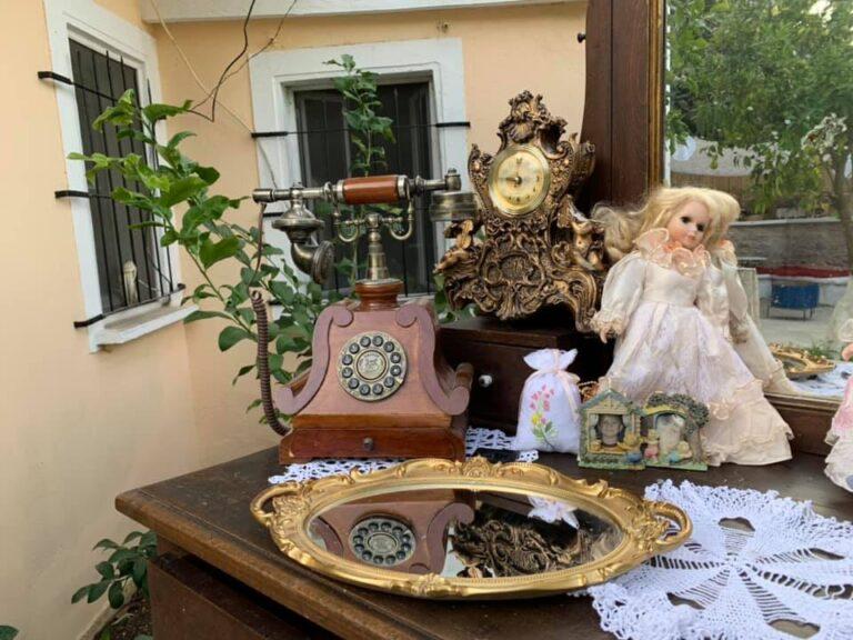 Frederika Arti Martesor: Gjirokastra, sherbetet me manxurane,karkanaqet,petet,qahite,qifqite,sarmate,llams e feks...