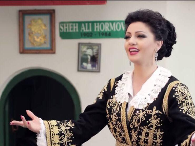 Kengetarja e njohur gjirokastrite Juli Çenko:Per mua kenga polifonike eshte kuptimi i jetes time.