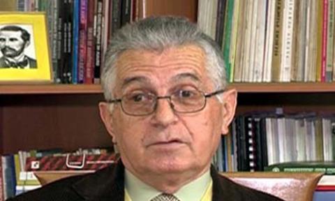 Kujtesë për akademikun, filologun e historianin e letërsisë Jorgo Bulo!