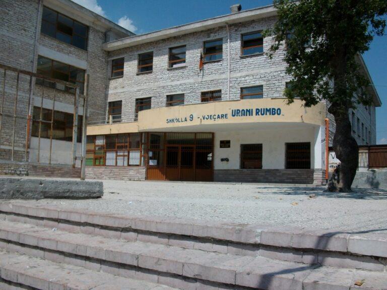 7 mesues te prekur, mbyllet shkolla 9- vjecare ne Gjirokaster