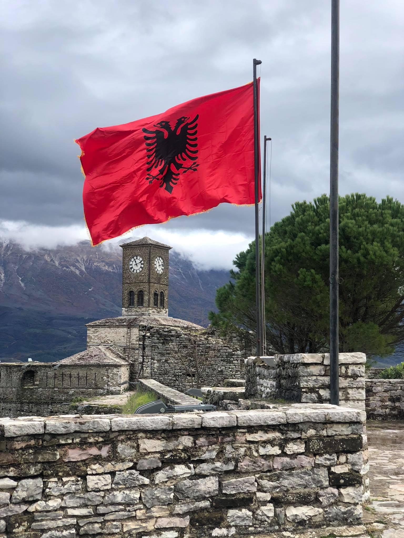 Përkujtohet 4 Dhjetori i vitit 1912, ngritja e Flamurit të Lirisë në Kështjellën e qytetit të Gjirokastrës