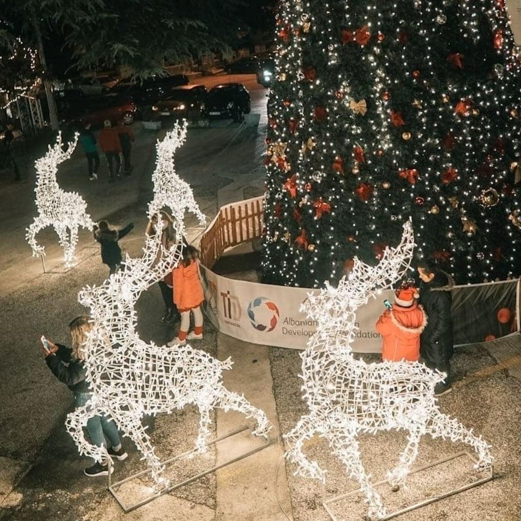 Pema e Krishtlindjeve dhe urimi i gjirokastritit te vjeter!