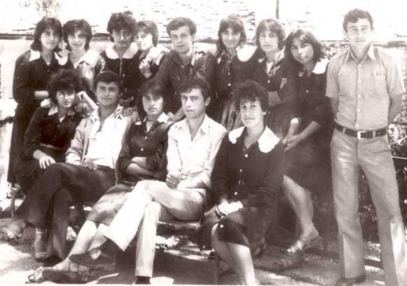 Gjimnazi Asim Zemeli, në gjurmet e kujtimeve, klasa ime, kemi qënë më të mirët,,,