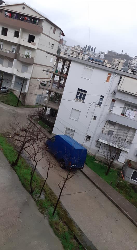 """Moti , shira të rëndë për 24 orë më radhë """"kanë mbërthyer """" Luginën e Drinos."""