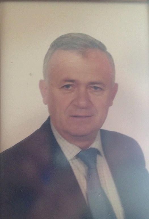Kujtojme Thoma Dhimen, profesorin e gjuhes shqipe te universitetit te Gjirokastres