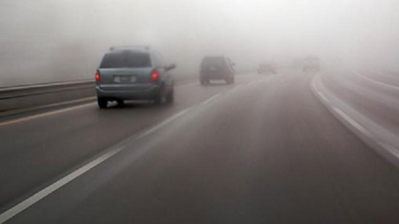 Kur udhetojme ne kohe me shi dhe mjegull, ja pse duhet te bejme kujdes...