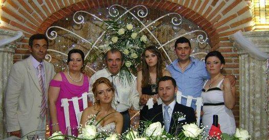 Koco Vasili sot ka Ditelindjen dhe nga zemra e urojme, ta gezoje, me shendet e jete te gjate e te lumtur!