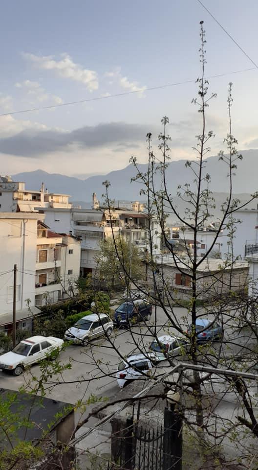 """Moti sot, Gjirokastra """"zgjohet""""nga gjumi me më shumë gjelberim dhe freski"""