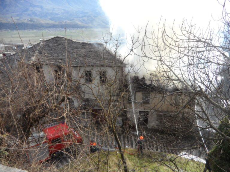 Zjarrfikeset shpetuan lagjen Pazar i Vjeter, njoftuesi Pano Muka reflekton cfare duhet bere me shume...