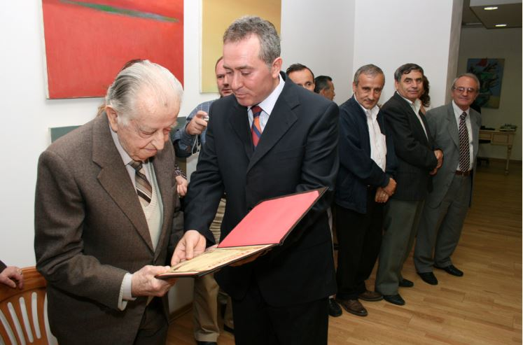 Myzafer Xhaxhiu, 100-vjetori i lindjes së poliglotit të përndritur gjirokastrit- Nga Gazeta Telegraf