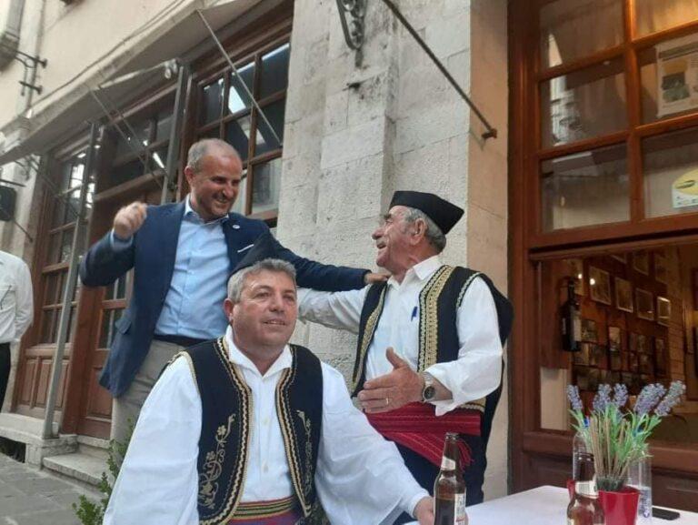 Nje kujtim i bukur per grupin popullor te Lunxherise ne Ditet e Europes ne Qafen e Pazarit te qytetit te Uneskos