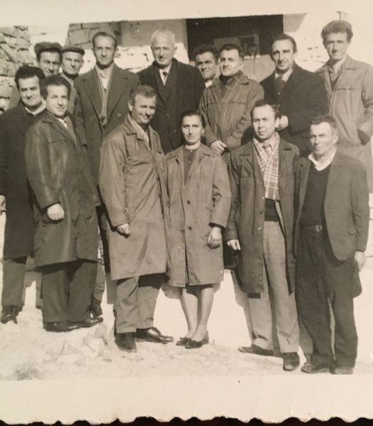 Kujtese/ Burrat e fshatit Selcke me mesuesin veteran te arsimit gjirokastrit Koço Sevo