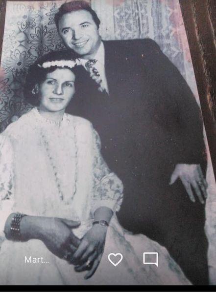 Pas 50 vjeteve martese, nje kujtim i bukur per çiftin Teli dhe Vasilika Gushi ne lagjen Varrosh te Gjirokastres