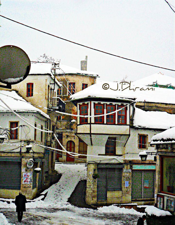 Hamejte e Qafës së Pazarit në Gjirokastër që Vangjel Jovani dhe Nuro Alikua i paguanin me leke ne dore ndersa kuzhinierët me ndonjë të hollë nga xhepi dhe...
