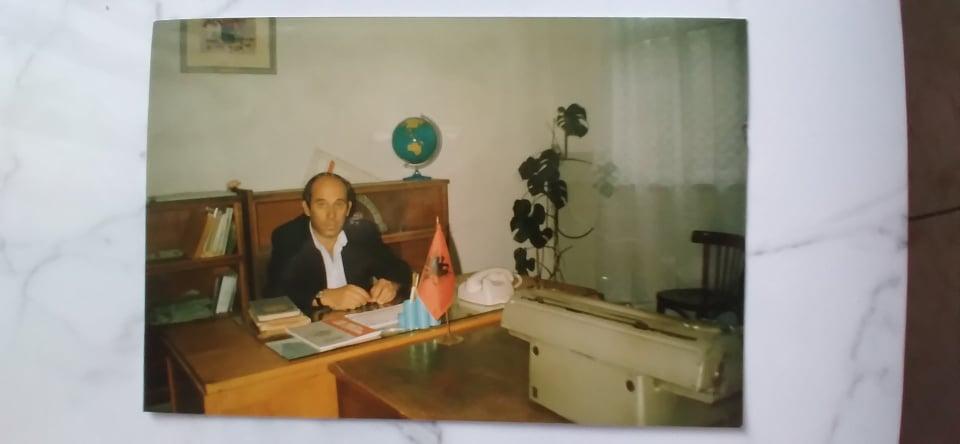 Historia e shkolles Çajupi ne Gjirokaster permes kujtimeve dhe fotove te drejtorit Orest Lulo