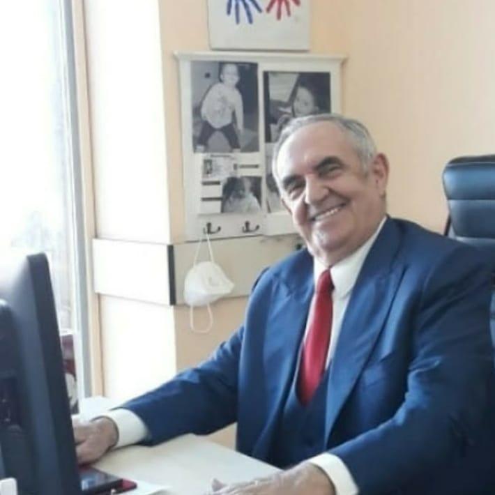 Grupi folklorik i krahinës së Lunxhërisë këngë për biznesmenin e njohur lunxhot Kiço Noti